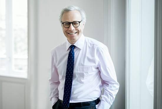 Dr. Alexander Isola